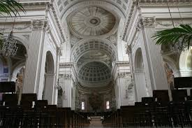 Fermo, ancora una bomba contro una chiesa. I preti: «Siamo nel mirino»