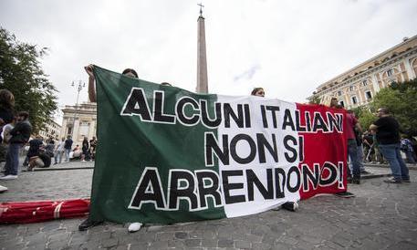 CasaPound, alta tensione a Roma. Di Stefano: no alle provocazioni