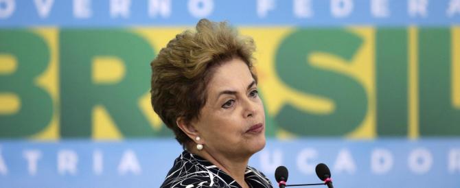 """""""Bye-bye, querida"""": Dilma sconfitta dalla corruzione e dagli sperperi"""