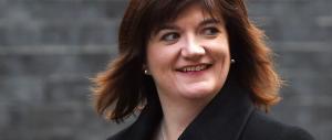 Gran Bretagna: test difficilissimi alle elementari, scivola anche la ministra