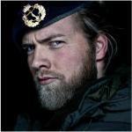 Lasse Matberg ha trent'anni ed è un ufficiale della marina norvegese (Foto Instagram)