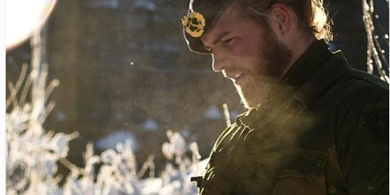 Ma quali attori e modelli: il più sexy del mondo è un soldato norvegese (Foto)