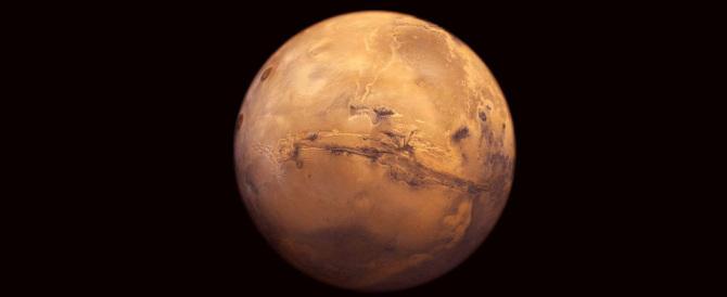 Marte dà spettacolo, mai così vicino alla Terra: non accadeva da 11 anni