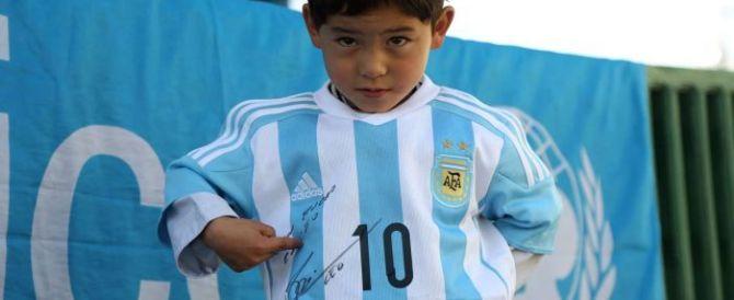 Ritagliò la maglietta di Messi: il piccolo Murtaza costretto ad andare via