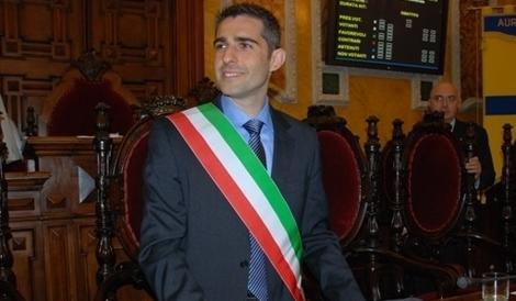 Parma, favori alla giunta M5S. Colpo di spugna sulle multe da pagare