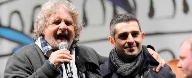 La doppia morale di Grillo: sospende Pizzarotti ma salva l'amico Nogarin