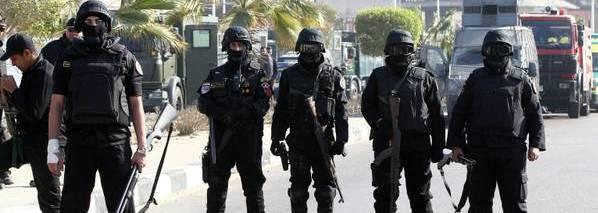 Poliziotti egiziani arrestati per aver ucciso un uomo. Un nuovo caso Regeni?