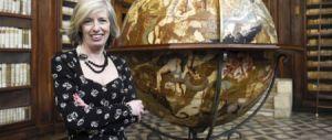 La pazza idea del ministro Giannini: «Scuole aperte anche la domenica»