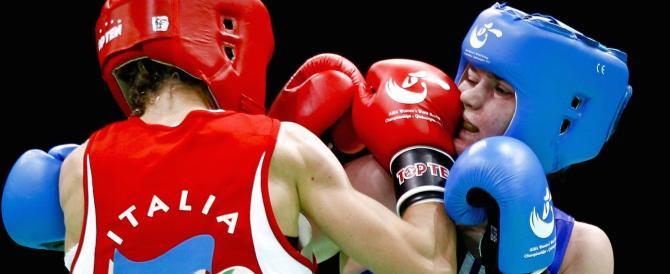 La campionessa di boxe Terry Gordini con il centrodestra a Ravenna