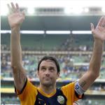Luca Toni annuncia l'addio al calcio. Vuole restare a Verona. (Foto Instagram)