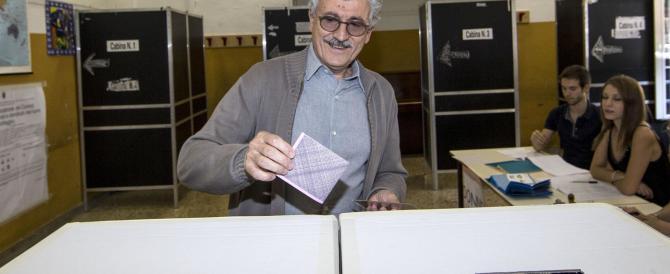 """D'Alema costretto alla discipina: """"Ho votato secondo il partito"""""""