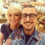 Andrea Pinna è molto amico di Paola Barale, con la quale ha partecipato a Pechino Express.(Foto Instagram)
