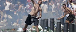 Nuovi scontri: la rabbia Hooligan segno che l'Europa è una polveriera