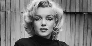 Marilyn Monroe avrebbe compiuto 90 anni. A Torino rivive il suo mito (Video)