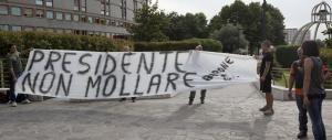 Berlusconi: «Sono preoccupato, ma confortato dall'affetto di tutti»