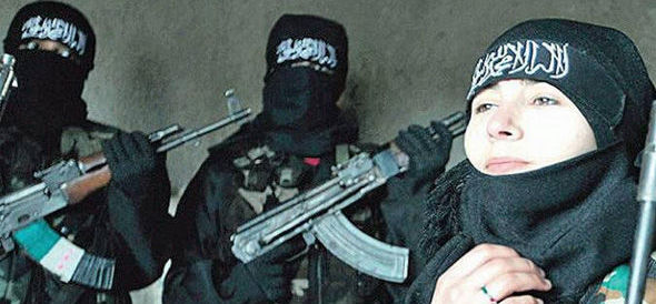 """""""È una terrorista dell'Isis"""". Ricercata in tutta Italia una ragazza di Padova"""