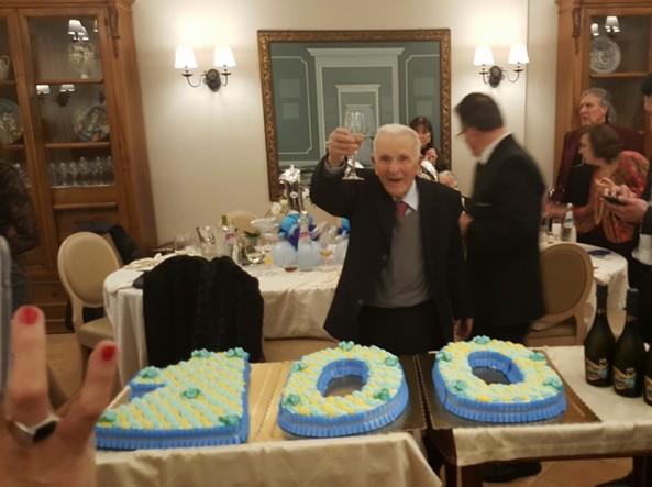 Boss della mafia muore a 100 anni. Il questore vieta il funerale pubblico