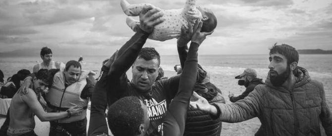 Blocchi stradali in Grecia: così gli immigrati hanno preteso cibo migliore
