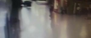 Turchia: le immagini terrificanti del terrorista che si fa esplodere (video)