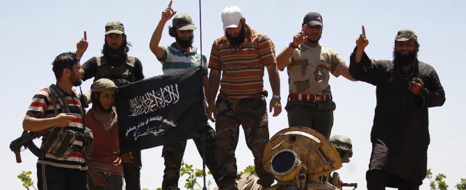"""Tre """"richiedenti asilo"""" arrestati in Austria: erano terroristi islamici"""
