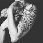 C'è stato un tempo in cui Asia doveva nascondere i tatuaggi.  (Foto Instagram)