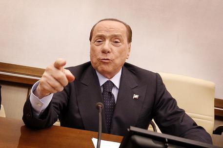 """Berlusconi: """"Votiamo No contro il governo. E poi una vera riforma"""""""