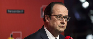 """Hollande spaventa i francesi: """"La minaccia dell'Isis sugli Europei di calcio"""""""