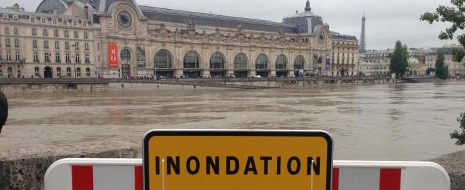 Senna esondata: la grande paura sembra passata ma i disagi a Parigi restano