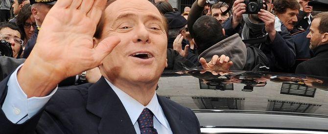 Berlusconi sta bene, sveglio e lucido. Il fratello Paolo: «È un combattente»