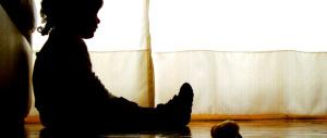 Molesta bambina al bar: arrestato 80enne già condannato per abusi