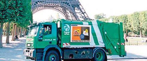 Così i sindacati boicottano gli europei di calcio: «Non ritirate l'immondizia»