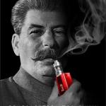 Questa un'altra opera dell'artista russo cui il Prc ha chiesto di rielaborare i manifesti. Stalin che fuma la sigaretta elettronica... (Foto Instagram)