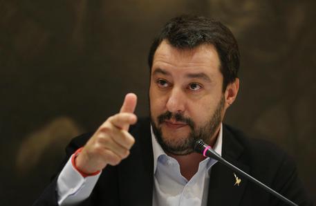 Salvini: al ballottaggio voterei Virginia Raggi, mai dare il voto a uno del Pd