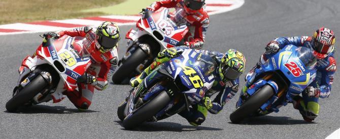 Moto Gp: Valentino Rossi trionfa in rimonta su Marquez