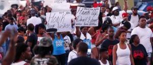 Usa, afroamericano ucciso da un agente, secondo episodio in due giorni