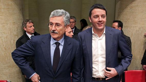 """""""Affari loro"""": Renzi e D'Alema si rinfacciano Telecom e banca Etruria"""