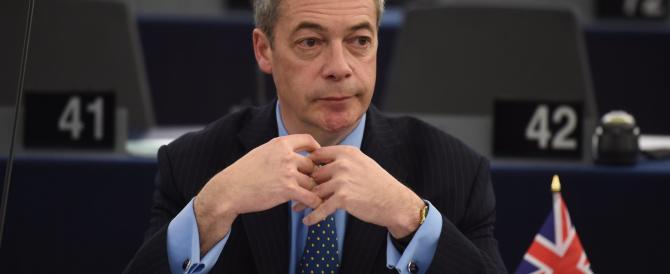 Nigel Farage lascia la guida dell'Ukip: «Dopo Brexit la missione è compiuta»