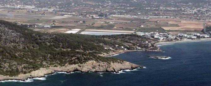 Gelataio torinese vende l'aria di Ibiza in lattina. Al costo di 5,90 euro