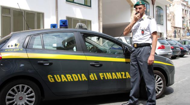 Corruzione, maxiblitz della Finanza: 24 arresti, indagato il deputato Marotta (Ap)