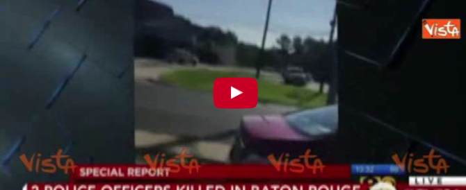 Usa, ecco il momento degli spari che hanno ucciso i tre agenti (Video)