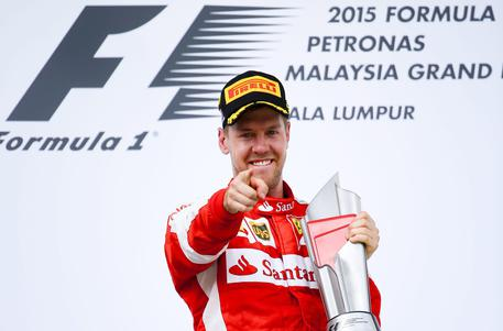 Italia-Germania. Vettel rifiuta la maglia azzurra: tenetela per le lacrime…