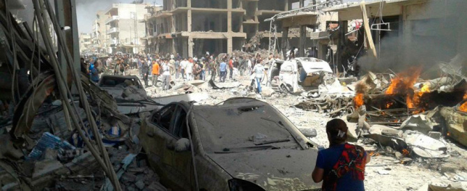Baghdad, 40 morti nel centro commerciale. C'è la firma dell'Isis