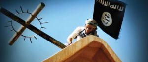 """Musulmani a messa con i cattolici, arriva la risposta dell'Isis: """"Guerra ai crociati"""""""