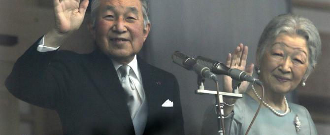L'imperatore Akihito vuole abdicare, sarebbe la prima volta in 200 anni