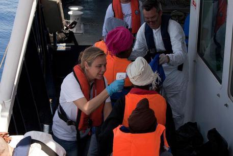 Migranti, strage al largo delle coste libiche. Ventidue morti, 21 donne