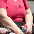 La rivolta degli obesi: «Basta, i medici non possono definirci mostruosi»