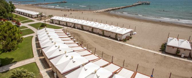 La top ten delle spiagge più care d'Italia. A Venezia 355 euro al giorno