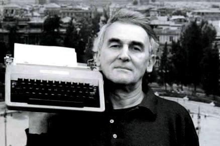 È morto il poeta Valentino Zeichen, uno smisurato amore per la libertà