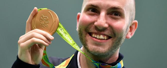 Rio 2016, Campriani fa il bis e regala all'Italia il settimo oro olimpico