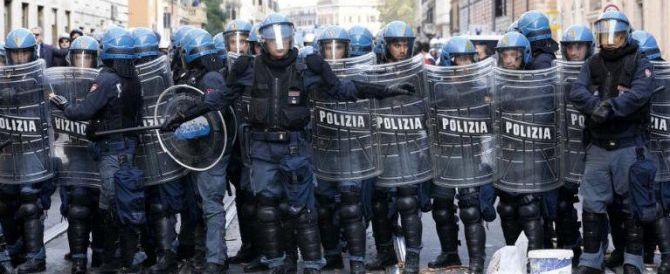 Antagonisti scatenati a Firenze: città bloccata durante uno sgombero